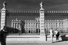 Royal Inspection (Five Second Rule) Tags: madrid travel spain capital 2018 royalpalaceofmadrid railings blackandwhite tourists