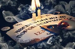 Dolltober Day 29 : Ouija Board. (Chantepierre) Tags: bjd balljointeddoll balljointed doll ouija board witch witchcraft chantepierre ladicius dolltober dolltober2018 2018