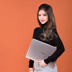 _DSC8027_2 (Steve.Ng Photography) Tags: asus laptop notebook s530u female model ads