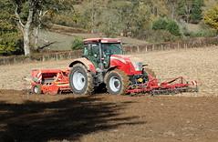 McCormick X 7.650 + Vogel & Noot ProfiDrill D300 (Philippe-03) Tags: mccormick tracteur tractors agriculture campagne semis