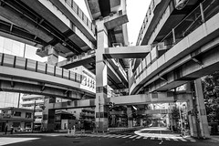 Hakozaki Junction, Tokyo ({heruman}) Tags: hakozaki junction tokyo japan germanvidal highway black white mono monochrome nikon d750 1635mm f4 horizontal landscape cityscape 2x3 outdoor city traffic architecture crazy world shadow