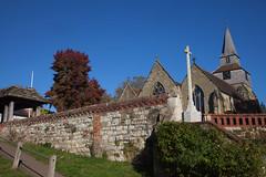 St Nicholas @ Godstone Surrey (Adam Swaine) Tags: church churchyard churches churchwalls surrey surreyvillages surreychurches england english englishvillages britain british uk ukcounties ukvillages rural ruralvillages ruralchurches canon counties countryside county autumn