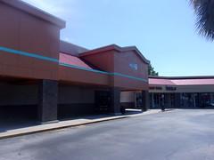 Aldi/Office Depot (former Albertsons) - Palm Bay, FL (pokemonprime) Tags: exterior albertsons liquor vacant forsale orange palmbay fl brevard