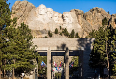 Mount Rushmore (Thomas Hawk) Tags: america blackhills gutzonborglum keystone lincolnborglum mountrushmore mountrushmorenationalmemorial mtrushmore southdakota usa unitedstates unitedstatesofamerica flag flags sculpture us fav10 fav25
