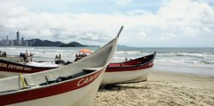 Balneário Camboriú (dirceu1507) Tags: barche barcos boat praia beach playa plage spiaggia