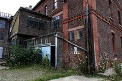 sept-6962 (raymdelmondo1) Tags: lost places old