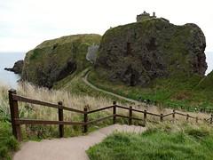 Dunnottar Castle (chdphd) Tags: stonehaven aberdeenshire kincardineshire dunnottarcastle dunnottar castle