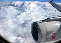 In flight | Dragonair | Airbus A320-200 (Dennis HKG) Tags: aircraft airplane airport plane planespotting oneworld cathay cathaydragon hda ka dragonair airbus a320 airbusa320 bhsg clouds sky