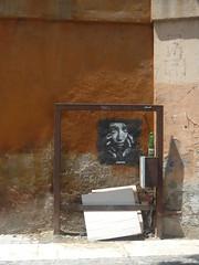 Roma (Ponto e virgula) Tags: roma streetart lixo trash