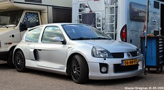 Renault Clio V6 2003 (XBXG) Tags: 06nnpz renault clio v6 2003 renaultclio renaultcliov6 cliov6 hot hatch hatchback historic grand prix 2018 circuit park zandvoort cpz race track motorsport nederland holland netherlands paysbas youngtimer french car auto automobile voiture française vehicle outdoor