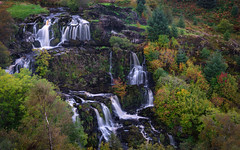 Touch of Autumn (jasty78) Tags: loupoffintry waterfall cascadingwaterfall cascade autumn riverendrick fintry carronvalley stirling scotland nikond7200 sigma350mmf14