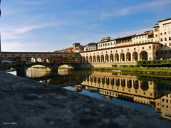 Reflection into the water (fulgherigabriele) Tags: firenze water reflection buildings geomtery archs bridge