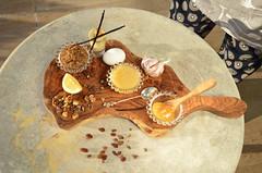 Еда_как_лекарство-DSC_1816 (info@oxumoron.com) Tags: мёд honey honig ваниль vanille lemon zitrone чеснок garlic knoblauch орехи nüsse nuts яйца eggs eier