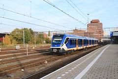 NS SNG 2308 te Amersfoort (vos.nathan) Tags: ns nederlandse spoorwegen sng sprinter nieuwe generatie amersfoort amf caf cifity