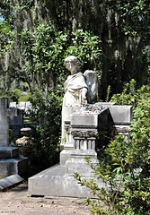 Broken Angel (zeesstof) Tags: zeesstof vacation photoassignment georgia savannah bonaventurecemetary graveyard
