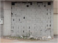 LES MOTS CROISÉS (nouredine) Tags: essaouira mur pierres espacesintermédiaires lesmotscroisés kreuzworträtsel nouredine