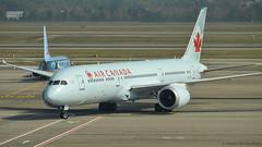 Boeing 787-9 I C-FGDT I Air Canada (Gustavo H. Braga) Tags: aircanada aviation airplanes airport aviação aviacao aviao aeronaves aeroporto boeing b789 b787 italy milan malpensa avgeek