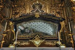 Tomb of Queen of Santa Mafalda (JG - Instants of light) Tags: monastery museum monument tomb goldcarving nuns tourism culture history religious mosteiro museu monumento talhadourada freiras turismo cultura história religioso arouca aveiro portugal