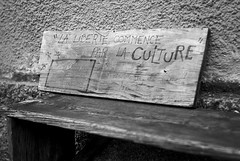 Culture (netslider57) Tags: voigtlander bessa bessar2a trix trix400 kodak bnw xtol epsonv550 jupiter8 j8 jupiter lens zeiss blackwhite blackandwhite blackandwhitephotography noiretblanc monochrome monochromatic rangefinder analog analogphoto analogue film filmisnotdead filmphotography shootfilm ishootfilm