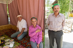 Bienvenue (hubertguyon) Tags: asie centrale central asia tadjikistan tajikistan montagne mountain pamir pamirs khorog ville city mariage weddding ismaéliens ismaili