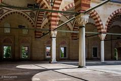 10082011-IMGP1044 (Mario Lazzarini.) Tags: archi colonne capitelli porte moschea edirne turchia turkey architettura historic old camii