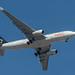 Avianca A332 + Viva Aerobus A320 (MEX)