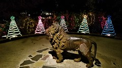 Bellingrath Magic Christmas in Lights (ciscoaguilar) Tags: christmas bellingrath lights theodore alabama statue monument