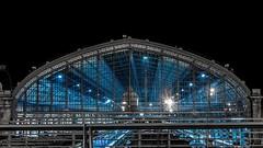 Gare de Bordeaux (fabrice.balthazar) Tags: bâtiment architecture train gare bordeaux bordeauxcub nuit ciel bleu blue pont voyages transport rails bordeauxbynight france gironde aquitaine sudouest