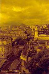 Sentimenti di Genova (lumpy79) Tags: yashica tl electro x auto yashinondx 117 f50mm expired kodak gold 200 o2 orange filter genova italy