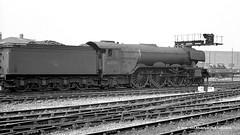 22/08/1963 - York. (53A Models) Tags: britishrailways gresley lner a3 462 60066 merryhampton steam york train railway locomotive railroad