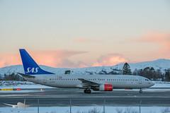 SAS - LN-RPR - B737-800 (Aviation & Maritime) Tags: lnrpr sas scandinavianairlines scandinavian boeing boeing737 b737 b737800 boeing737800 bgo enbr flesland bergenairportflesland bergenlufthavnflesland bergen norway