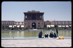 Rafraichissement - refreshment in Isfahan ♫☺ (bernard78br) Tags: dxo dxofilm fujinonxf23mmf12rwr fujifilm fujifilmxpro2 iran isfahanispahan lens lightroomcc logicieltraitementimages nicksoftware pays photographie placenaqshedjahan viveza2 xpro2