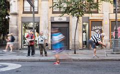 Amigos fotógrafos y maratón (Robalt) Tags: m adrid gente urbana