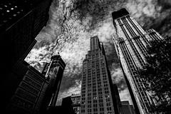 New YorkBW0239 (schulzharri) Tags: new york black white schwarz weis city stadt usa amerika america travel monochrome reise town skyscraper scraper hochhaus building architecture archhitektur art wolkenkratzer architektur gebäude einfarbig