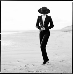 Normandy story (Radoslaw Pujan) Tags: hasselblad bw film analog woman beauty elegance classy luxury beach normandy france ilford fp4 filmphotography analogue argentique spanish cordoba hat figure form simple simplicity fashion vogue