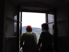 Red Sisters (marco_albcs) Tags: bled slovenia slovenija sisters people looking gazing red redhair painted candid
