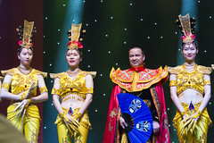 DAG_9004r (crobart) Tags: thousand hand bodhisattva eyes yate dance acrobatic team chinese china canadian national exhibition cne 2018 toronto
