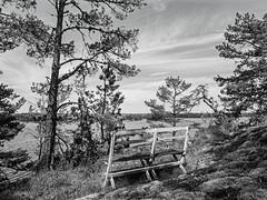 K(ein) guter Sitzplatz - sw (KL57Foto) Tags: 2018 juli july kl57foto omdem1 olympus schweden sommer summer sverige sweden