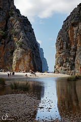 Mallorca (guentersimages) Tags: balearen spanien mallorca landschaft sa calobra torrentdepareis bucht wasser