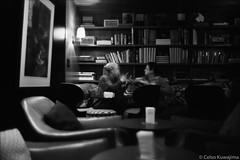 Delfino 146 (Celso Kuwajima) Tags: leicasummiluxm3514 epsonv800 rolleiretro80s people library books streetphotography bw cafe motionblur analogphotography silverfastai leicam6ttl indoor florianópolis santacatarina brazil br 20180942