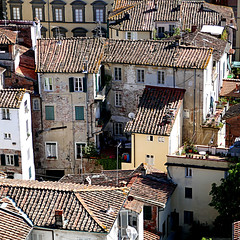Lucca, Toscana, Italia (pom'.) Tags: panasonicdmctz101 april 2018 lucca toscana tuscany italia italy europeanunion torreguinigi 100 200 300 400