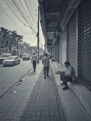 The Freeness (Sagor's) Tags: streetphotography street streetphoto abstract abstractphotography travelaward travel trav travelphotography travelphoto dhaka dhakacity city citylife dawn day daylight black blackandwhite greyscale huaweig552017 huaweigr huawei mobilephoto mobilephone mobilephotography people footpath busy life lifestyle lifephotography photography instant sitting