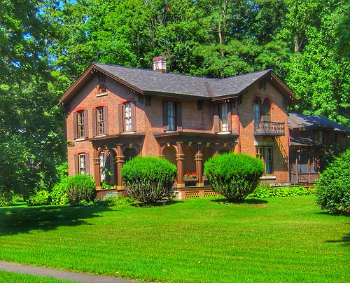Moravia  -  New York - The Tuthill House - AirBnB