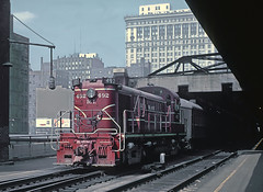 CRIP RS-3 492 with Train 133, LaSalle Street Station, Chicago, IL in August 1962 Rick Burn photo (jsmatlak) Tags: chicago rock island lasalle street trian commuter railroad engine locomotive downtown loop
