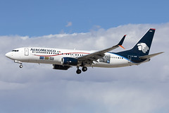 XA-AMA_Boeing737-800W_AeroMexicoSC_LAS (Tony Osborne - Rotorfocus) Tags: boeing 737 737800 scimitar aeromexico mexico las vegas mccarren international airport klas 2018