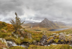 Ogwen valley (another_scotsman) Tags: tryfan ogwen valley snowdonia landscape mountain cloud rain stream panorama wales