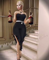 LOTD 024 (The Essence Of Fashion) Tags: lelutka letre maitreya doux emarie vanillabae chicmoda fasmeshed ncore imitation sayo secondlife blog fashion pose backdrop 3d virtual