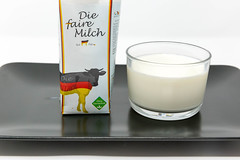 Milk Made in Germany - Fair Milk - not genetically modified - Milk in a glas with packaging on white plate (verchmarco) Tags: food hellofresh lebensmittel kochen hellofreshde ernährung veggie vegetarisch essen healthy foodporn milk milch noperson keineperson drink getränk glass glas breakfast frühstück cream sahne delicious köstlich desktop cup tasse isolated isoliert coffee kaffee liquid flüssigkeit empty leer health gesundheit yogurt joghurt cooking refreshment erfrischung cold kalt tea tee october fuji canada bnw stone me trail day wald woods