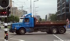 Scania T113 1994 (XBXG) Tags: bbnp23 scania t113 1994 113h scania113 t113h blue bleu de boelelaan buitenveldert amsterdam nederland holland netherlands paysbas old swedish truck camion suédoise vrachtwagen vrachtauto véhicule poids lourd lastkraftwagen lkw lastwagen lastbil vervoer transport vehicle outdoor