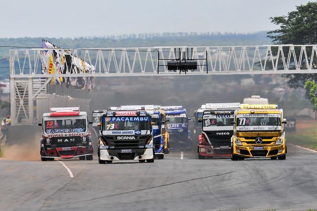28/10/18 - Felipe Giaffone vence corrida 2 - Fotos: Duda Bairros e Vanderley Soares